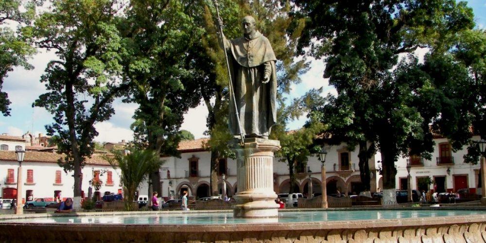 "Vasco de Quiroga, ""tata"" Vasco"